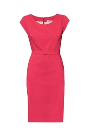 Sukienka różowa stebnowana