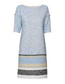 Sukienka prosta z bawełnianego bukle.