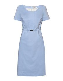 Bawełniana sukienka w kolorze błękitnym