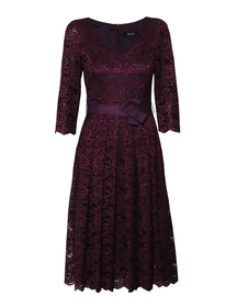 Sukienka wizytowa z koronki w kolorze wina