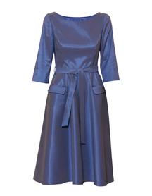 Sukienka z szeleszczącej lekkiej tafty z szerokim dołem