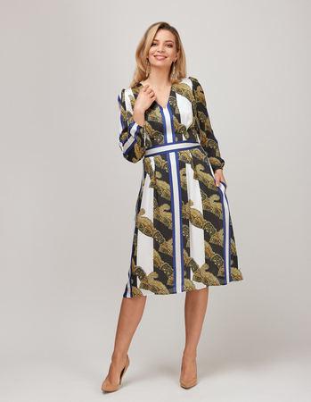Sukienka z szyfonu w pasy (2)
