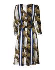 Sukienka z szyfonu w pasy (4)