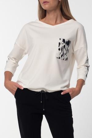 Bluza w kolorze mlecznym z dodatkami (1)