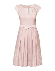 Sukienka z bawełny żakardowej  pudrowy róz w zakładki