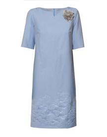 Prosta sukienka z zakardu bawełnianego w kolorze niebieskim