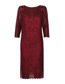 sukienka z haftu z lekko mieniącymi  się cekinkami  - kolor bordowy