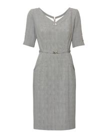 Sukienka klasyczna z paskiem z krateczki