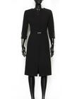 Czarna sukienka z krytym zapięciem (3)
