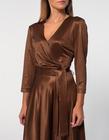 Sukienka z dzianiny z lekkim połyskiem -kolor ciemna wanilia (2)
