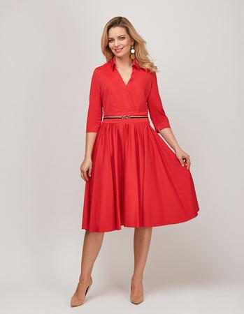 Bawełniano- wiskozowa czerwona sukienka z zakładeczkami (1)
