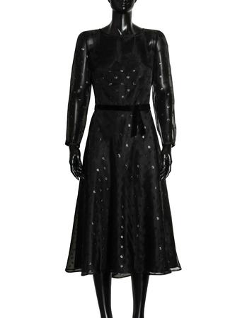 Czarna lekka midi z przeźroczystej tkaniny w błyszczące koła (5)